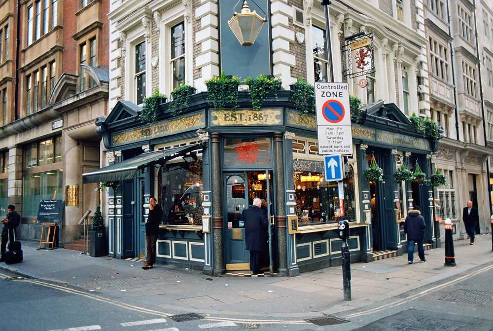 Red Lion, Liverpool Street