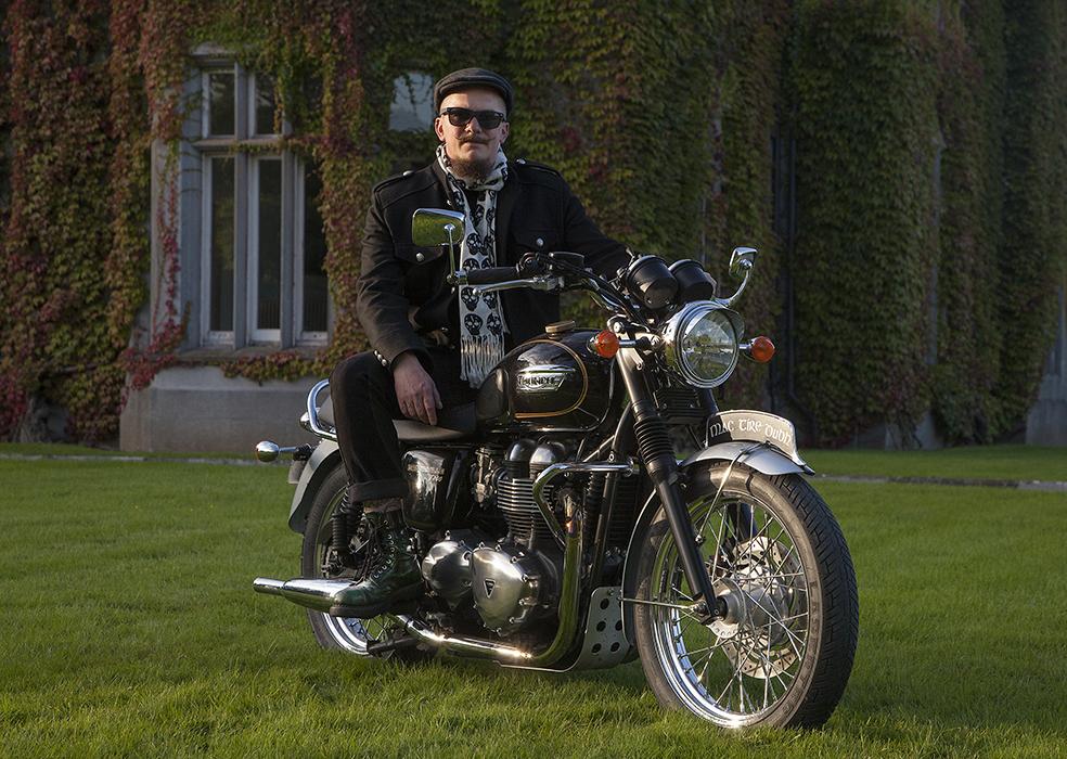 Cyril Helnwein Triumph Bonneville_MG_4281a_sml.jpg