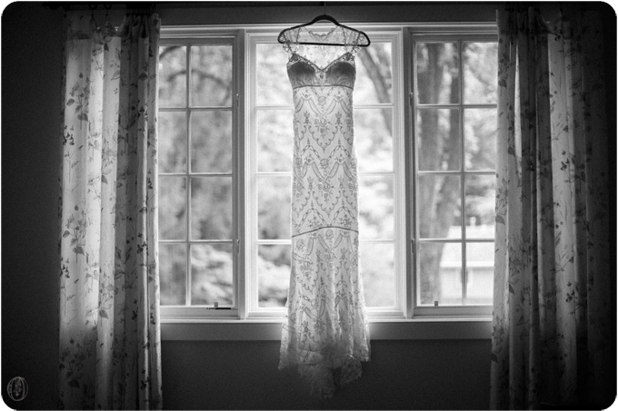 Vintage-Lace-NJ-Organic-Rustic-Farm-Barn-Wedding-Champagne-Nude-Blush-Berry-Herb-Cafe-Dahlia-Lavender-Bouquet-BHLDN-BW-Film-Wedding-Unionville-Vineyards-Ringoes-NJ-Jennifer-Sosa-Oleander-Bucks-County-PA-New-Jersey-Wedding-Florist-Event-Floral-Design