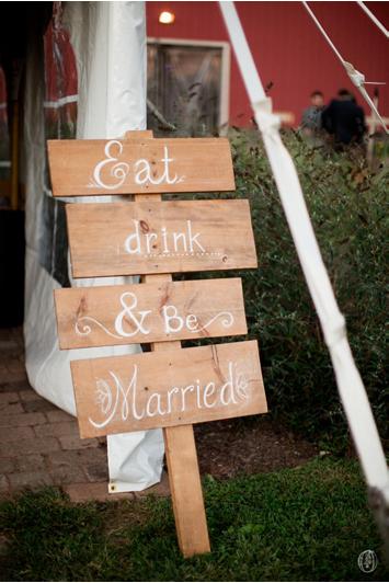 Vintage-NJ-Organic-Rustic-Farm-Barn-Wedding-Garden-Hilltop-Reception-Rustic-Signs-Champagne-Blush-Herb-Dahlia-Lavender-Centerpiece-BHLDN-Unionville-Vineyards-Ringoes-NJ-Jennifer-Sosa-Oleander-Bucks-County-PA-NJ-Wedding-Florist-Event-Floral-Design