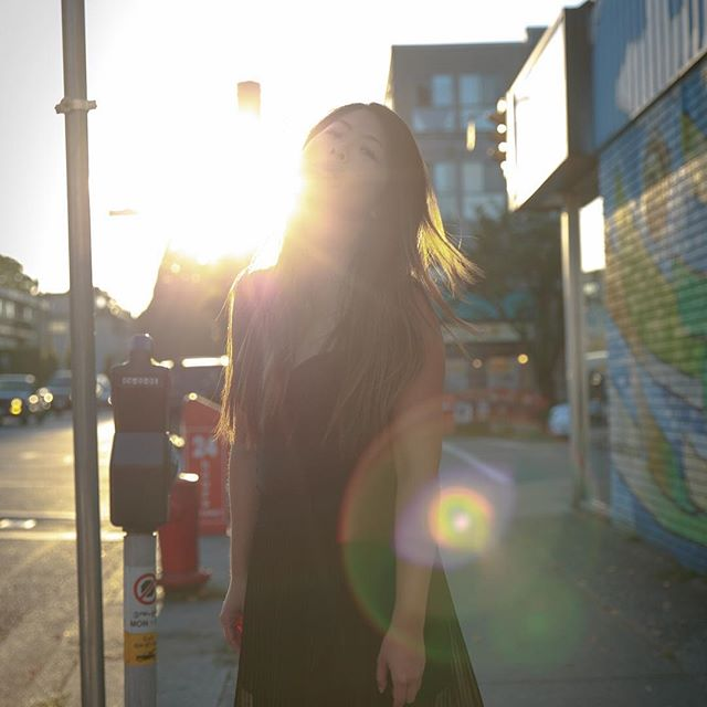 #happybirthday to this shining #star @courtsfelix #shinebrightlikeadiamond . . . . #mainstreet #female #portraits #sunset #lensflare #street #glamour #fashion #headshots #photography #canon
