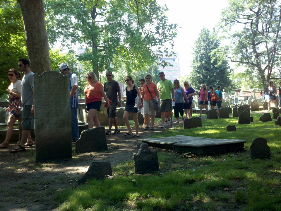 sightseeing_philadelphia_ghost_history_graveyard_tour_grim_philly_3.jpg
