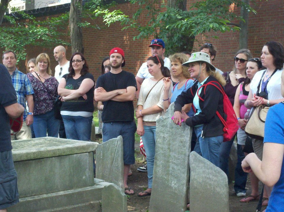 sightseeing_philadelphia_ghost_history_graveyard_tour_grim_philly_5.jpg