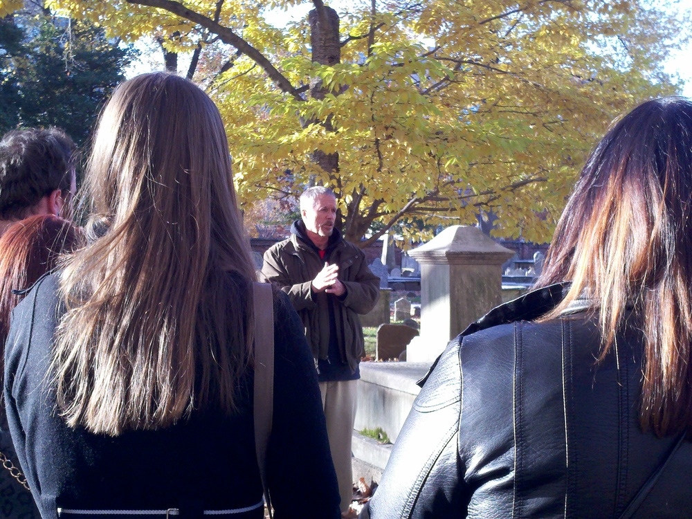 sightseeing_philadelphia_ghost_history_graveyard_tour_grim_philly_442.jpg