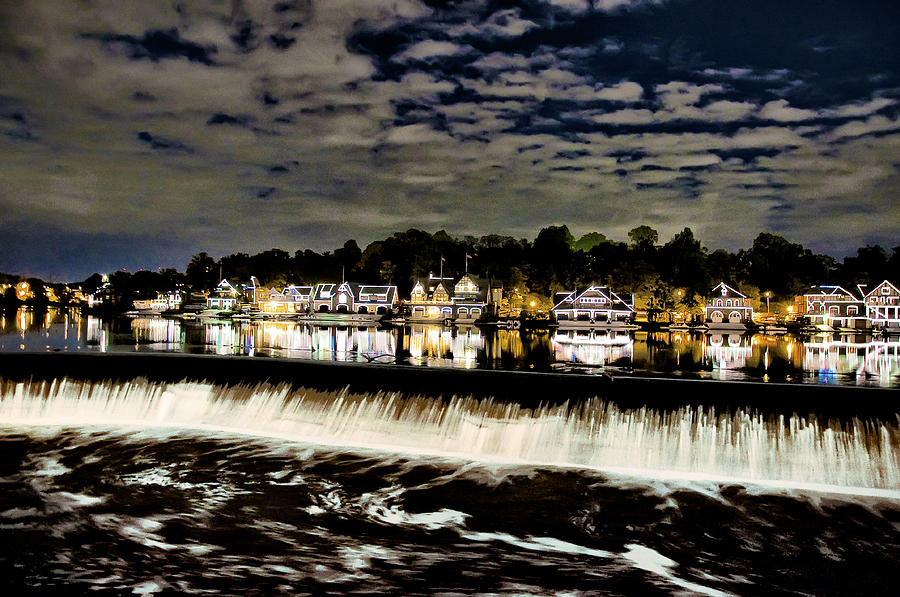 boathouse-row-lights-bill-cannonLAGER.jpg