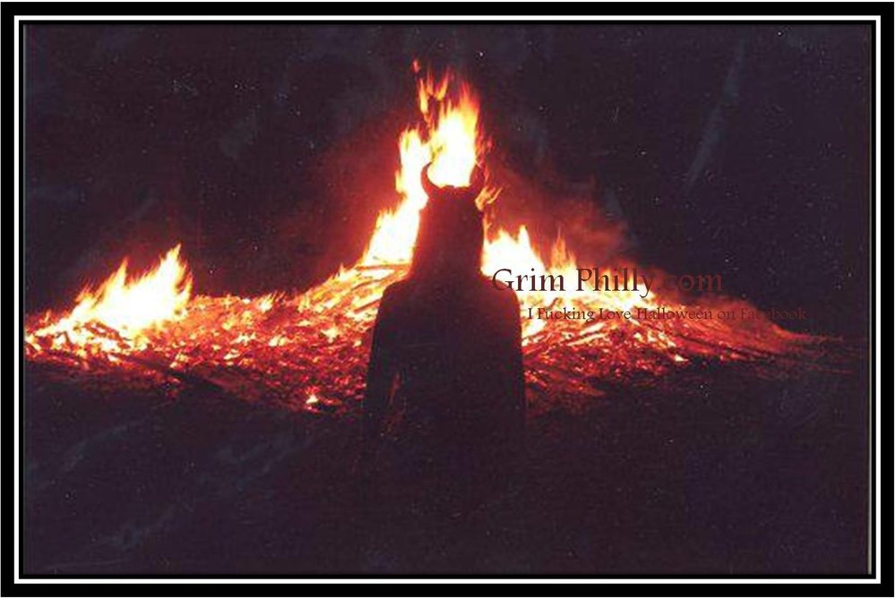 Halloween Traditions: Bonfires - Celtic Druids of northern Ireland before the common era built ritualistic bonfires high upon hilltops to celebrate their annual festival of Samhain; & customarily feed the bones of slaughtered...