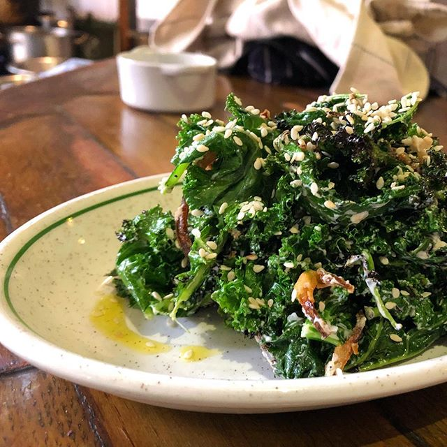 Another vegetable headlining on the new menu. Roasted kale, yoghurt, fried onion and sesame. #vegetarian #londonvegetarian #hackneyrestaurant