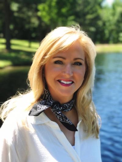 Melanie Redd Headshot.JPG