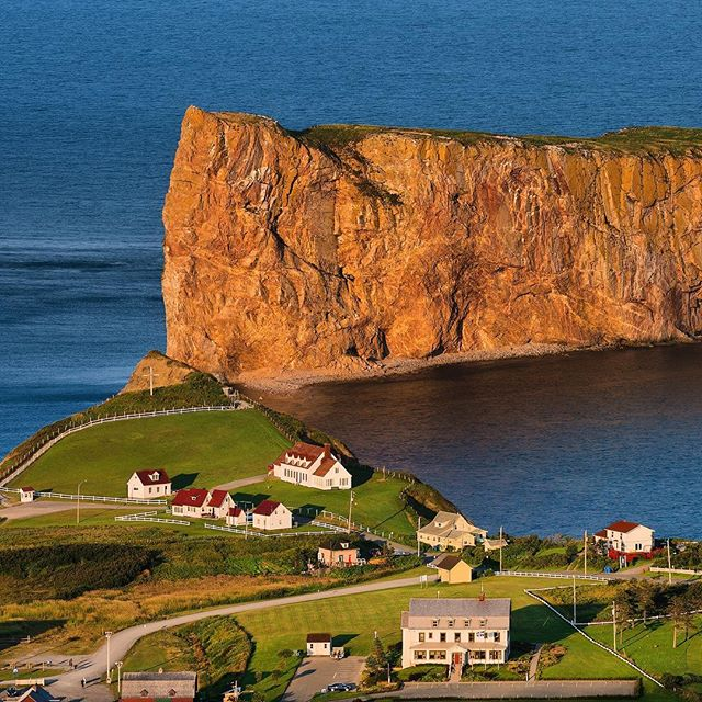"Percé and its notorious rock. It was Samuel de Champlain (founder of Québec City) who gave the rock the name of ""isle Percée"". But, like everywhere else in Canada, the First Nations had already a name for it: Sigsôg (steep rocks/crags) or Pelseg (fishing place). . Thanks for the info @wikipedia."