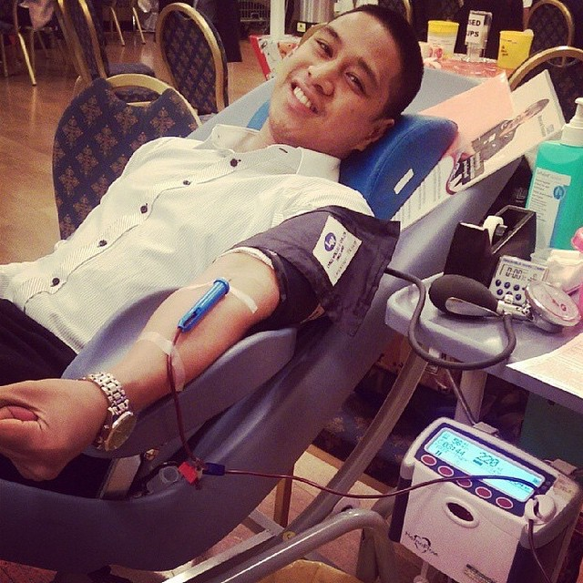 Sean taking on his WYDM Domino Challenge and giving blood '15