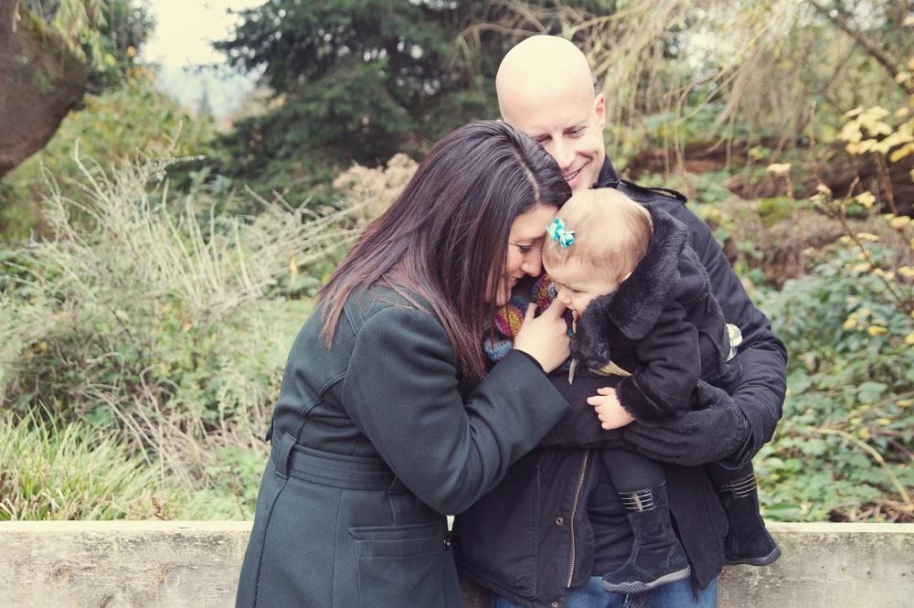 Issaquah_family_photos_Pickering_barn.jpg