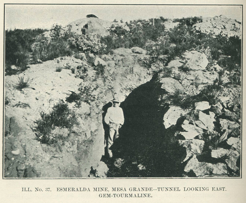 Esmeralda Mine, Mesa Grande - Tunnel looking east. Photo by H. C. Gordon.   Click to enlarge.