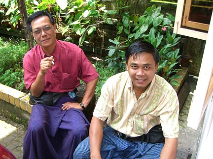 U Kyaw Thu of Macle Gem Lab in Yangon (right) and friend discuss painite locations with Bill Larson, August 2005. (Photo: Bill Larson)