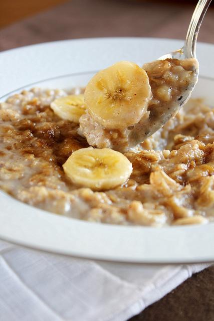 Banana-Bread-Oatmeal.jpg