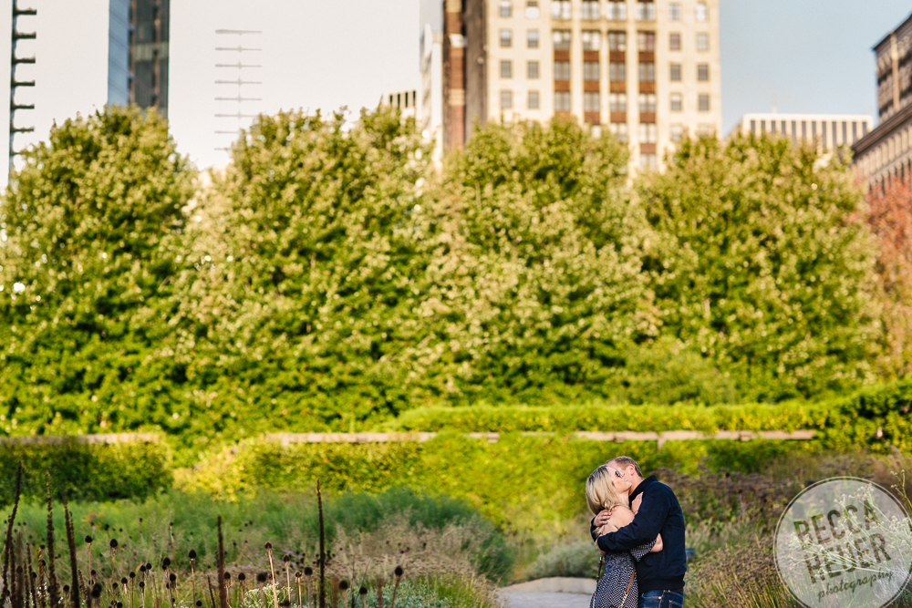 North Avenue Beach Engagement_BLOG-014.jpg