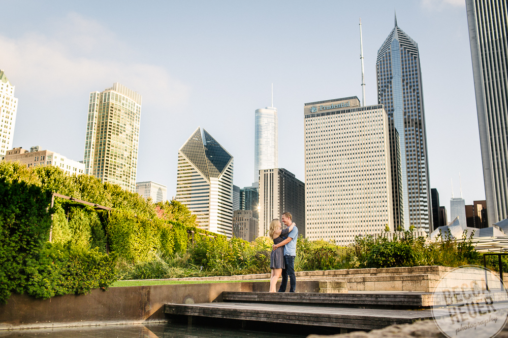North Avenue Beach Engagement_BLOG-026.jpg
