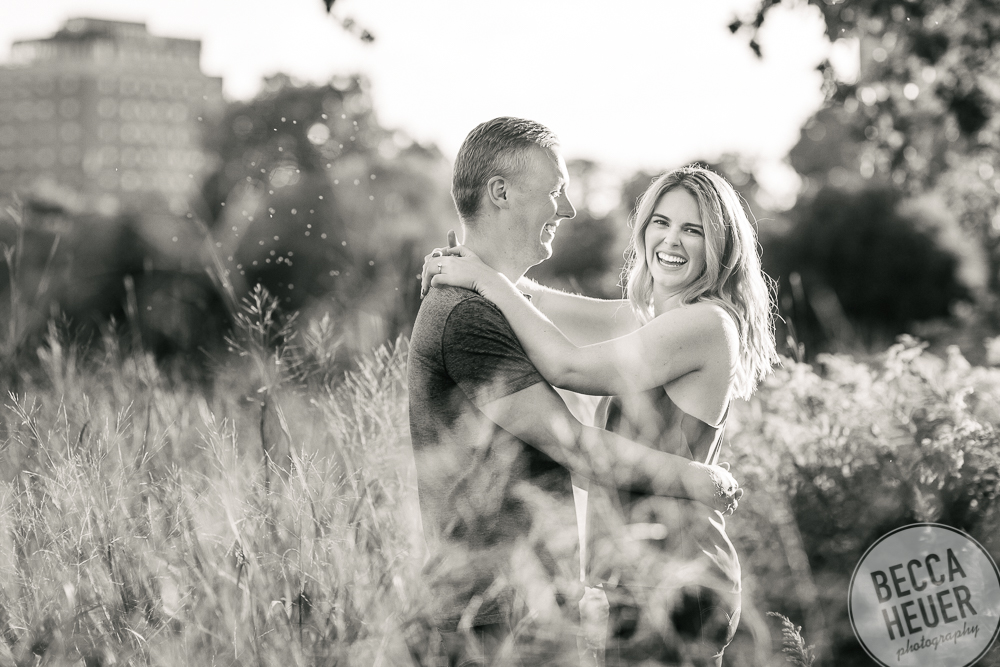 North Avenue Beach Engagement_BLOG-065.jpg