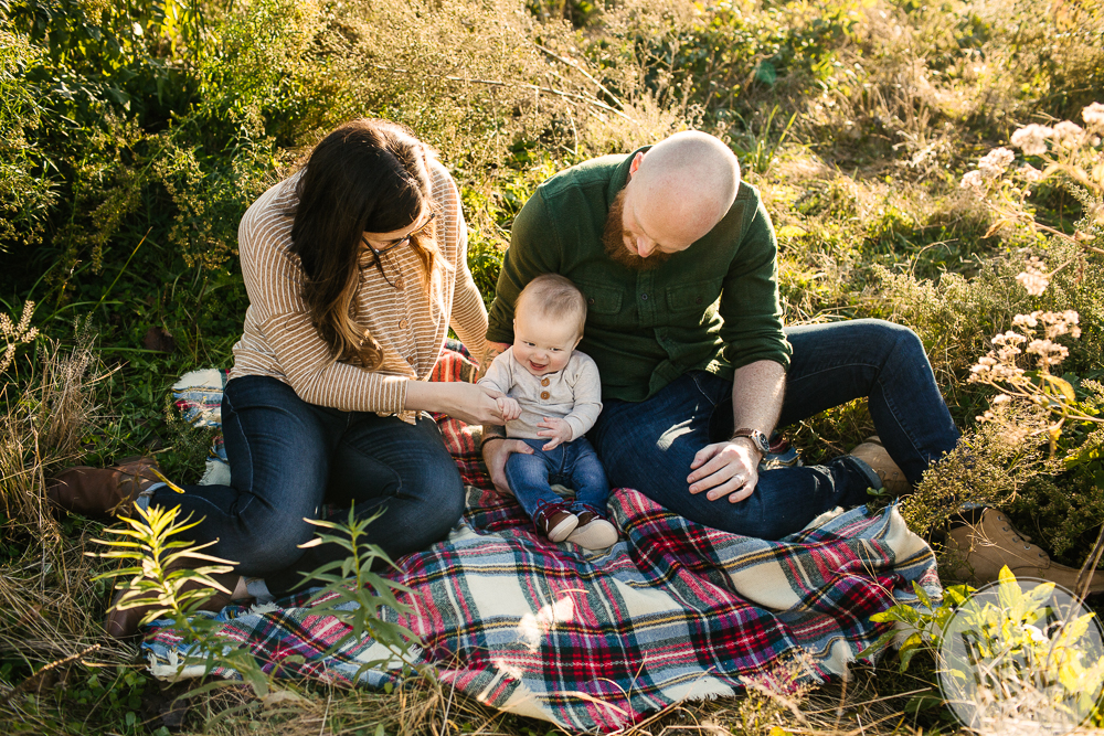 Montrose Harbor Family Session_Blog-015.jpg