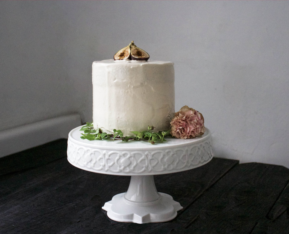 Fig, Oat, Caramel Buttercream Cake