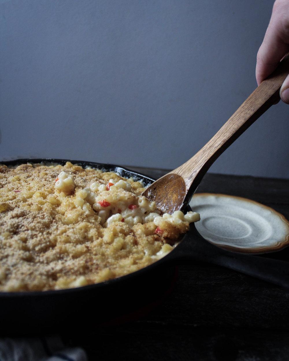 White Cheddar Pimento Mac n Cheese