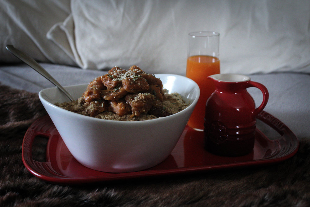 Oatmeal Topped with Roasted Sweet Potatoes