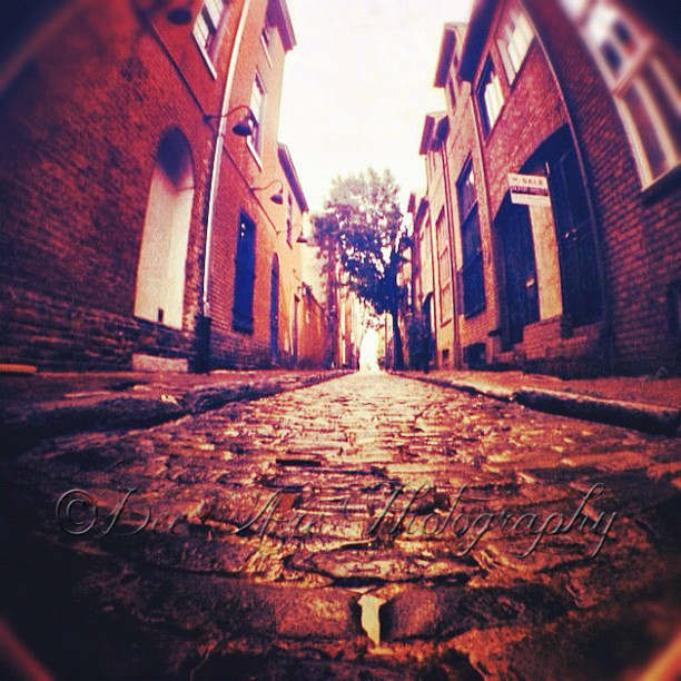 Cobblestone Street.jpg