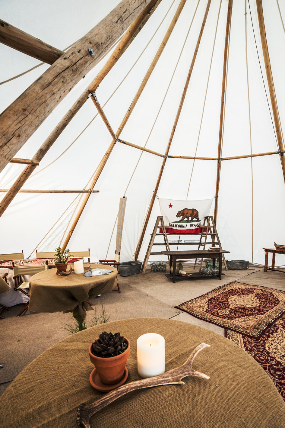 Eight tent A.jpg