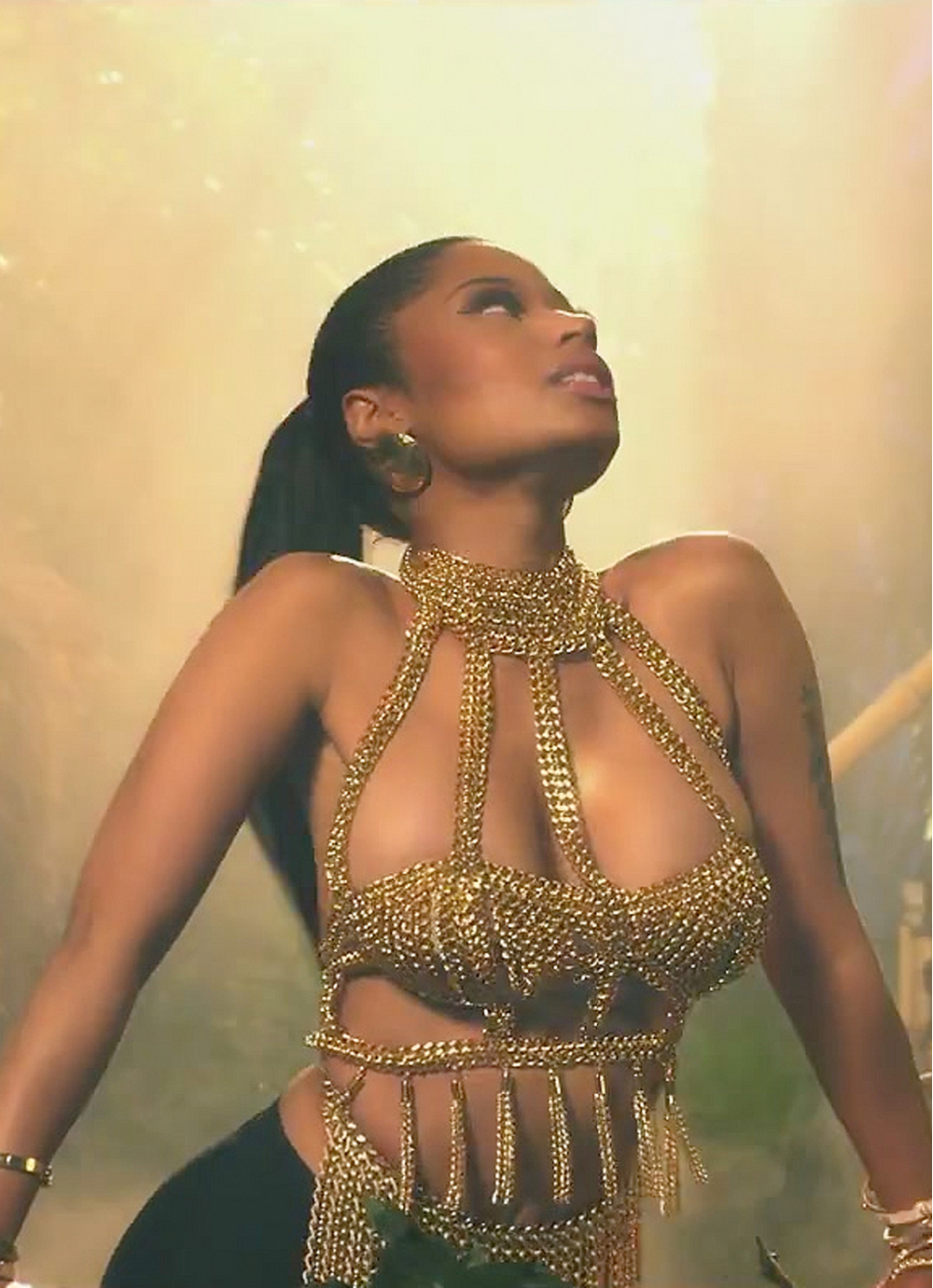 Nicki Minaj in custom Laurel DeWitt - Anaconda Video