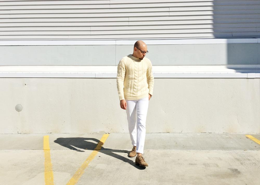 sam-c-perry-tan-white-monochromatic-look.jpg