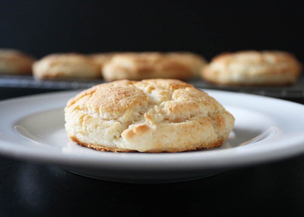 sam-c-perry-gluten-free-biscuits-front-zoom.jpg