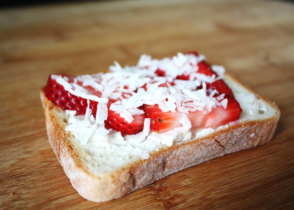 sam-c-perry-breakfast-toast-3-ways-strawberry-cream-cheese.jpg