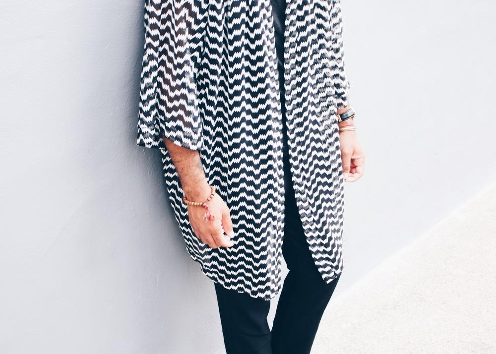 sam-c-perry-black-white-kimono-slide-sandal-asos-kimono.jpg