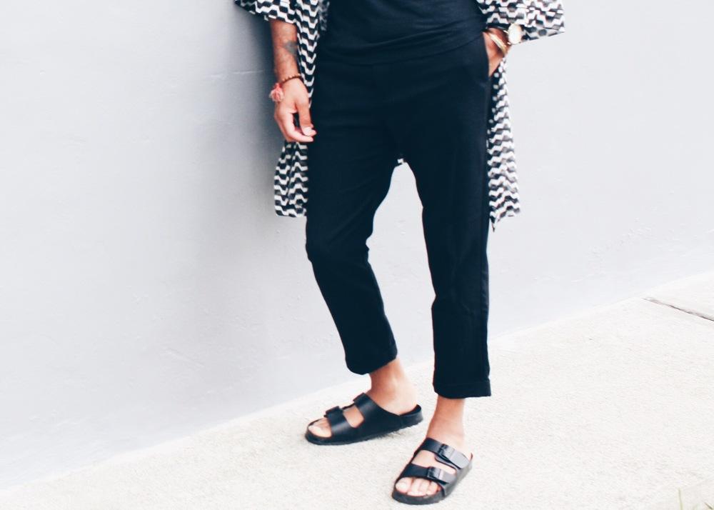 sam-c-perry-black-white-kimono-slide-sandal-asos-kimono-asos-sandal.jpg
