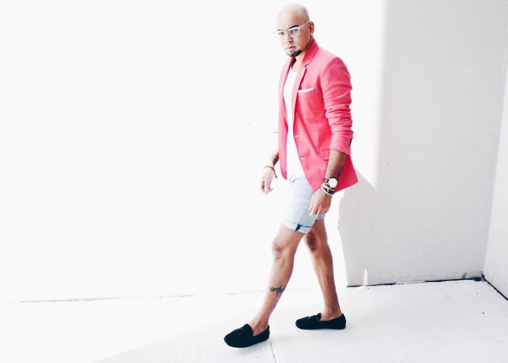 sam-c-perry-pink-blazer-navy-blue-loafer-walk.jpg