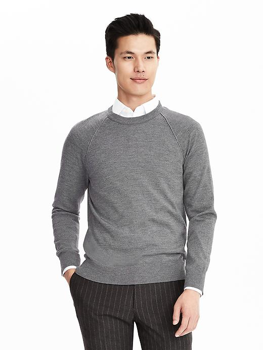 sam-c-perry-what-to-wear-when-you-have-nothing-to-wear-banana-republic-sweater.jpg