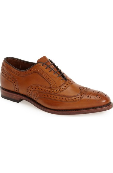 sam-c-perry-what-to-wear-when-you-have-nothing-to-wear-nordstorm-wingtip.jpg