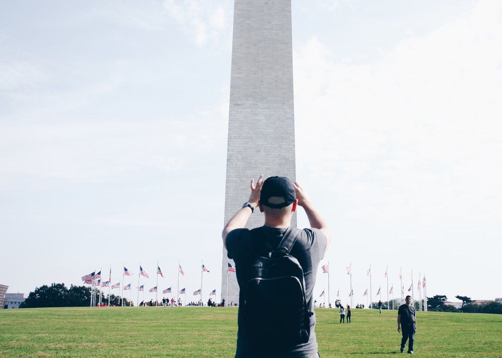 sam-c-perry-travel-24-hours-dc-babe-monument.jpg