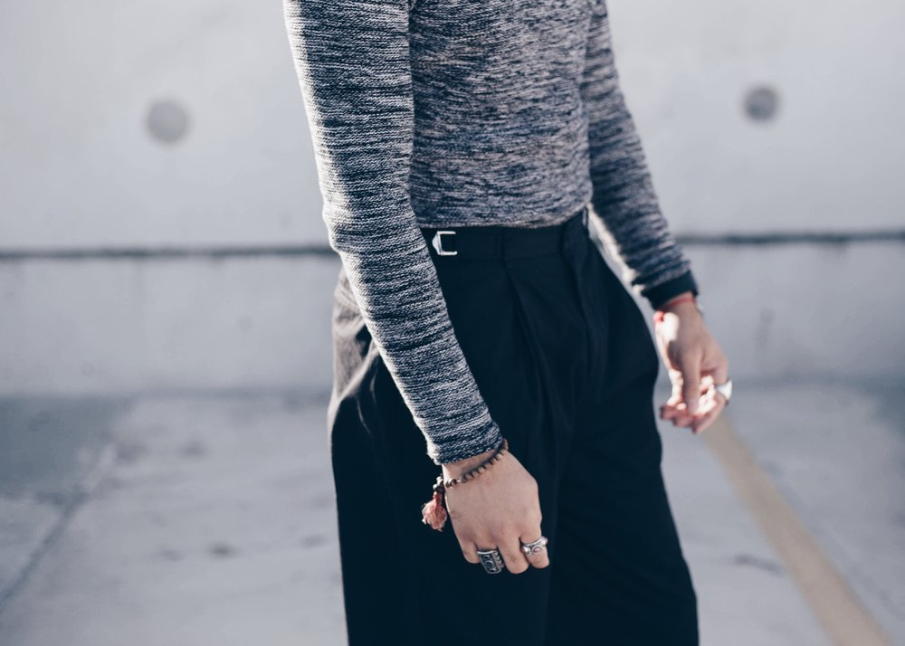 sam-c-perry-oversized-pants-heathered-sweater-cropped-details.jpg