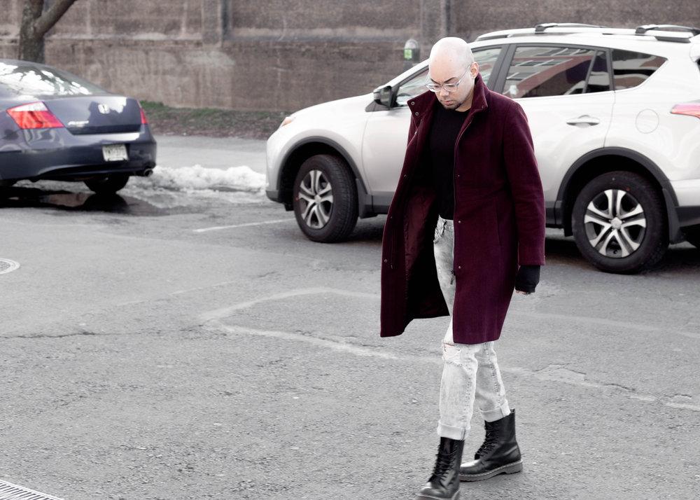 sam-c-perry-vintage-calvin-klein-coat-distressed-denim-walk.jpg