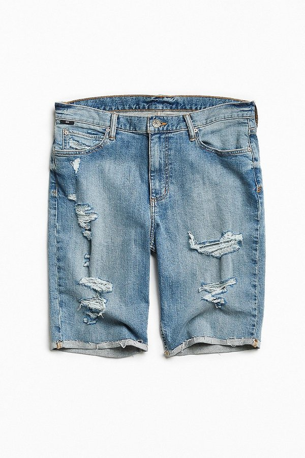 sam-c-perry-spring-summer-2017-menswear-trend-guide-bdg-denim-shorts.jpg