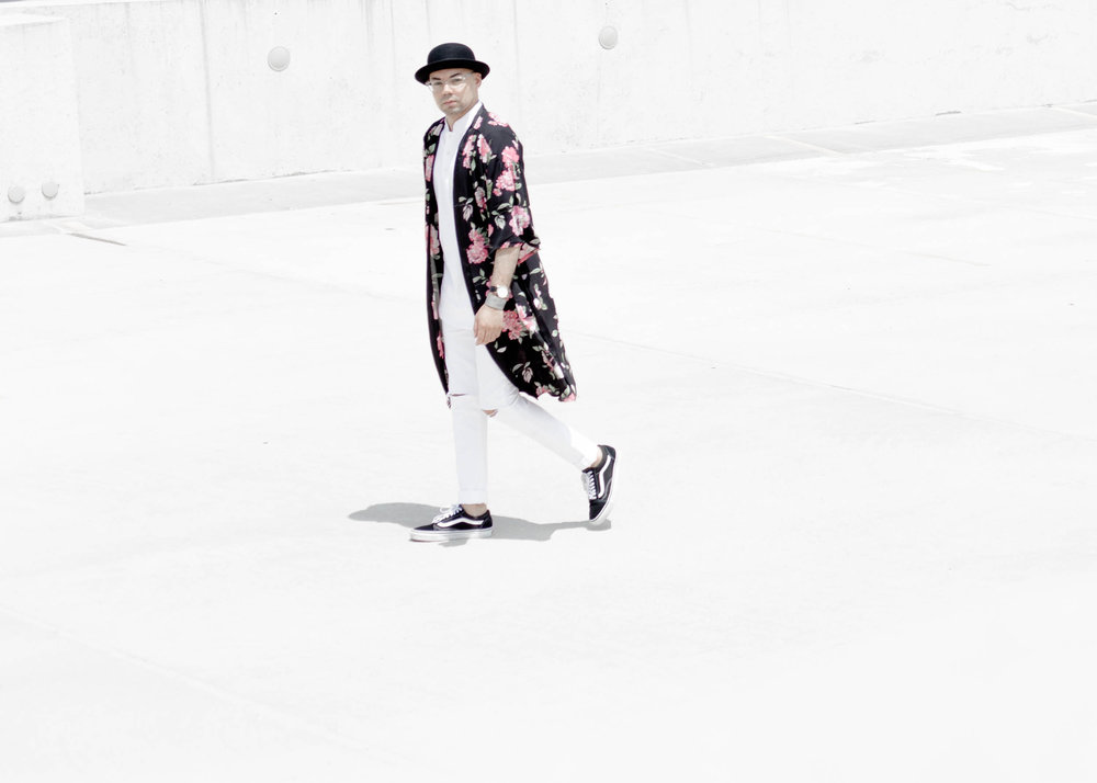3-ways-to-wear-a-kimono-look-2-walk-far.jpg