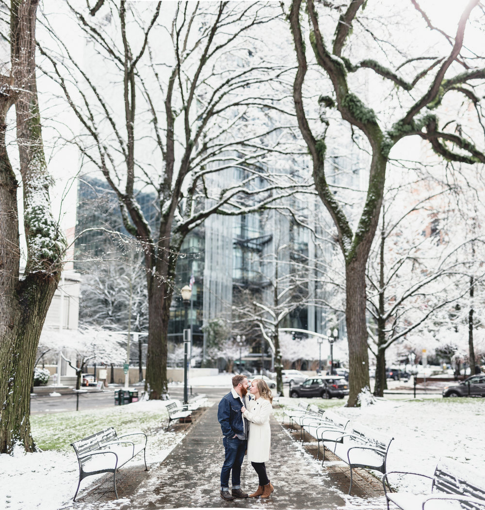 MacCoy Dean Photography Portland Oregon Wedding Photography Downtown Engagement Photoshoot-26.jpg