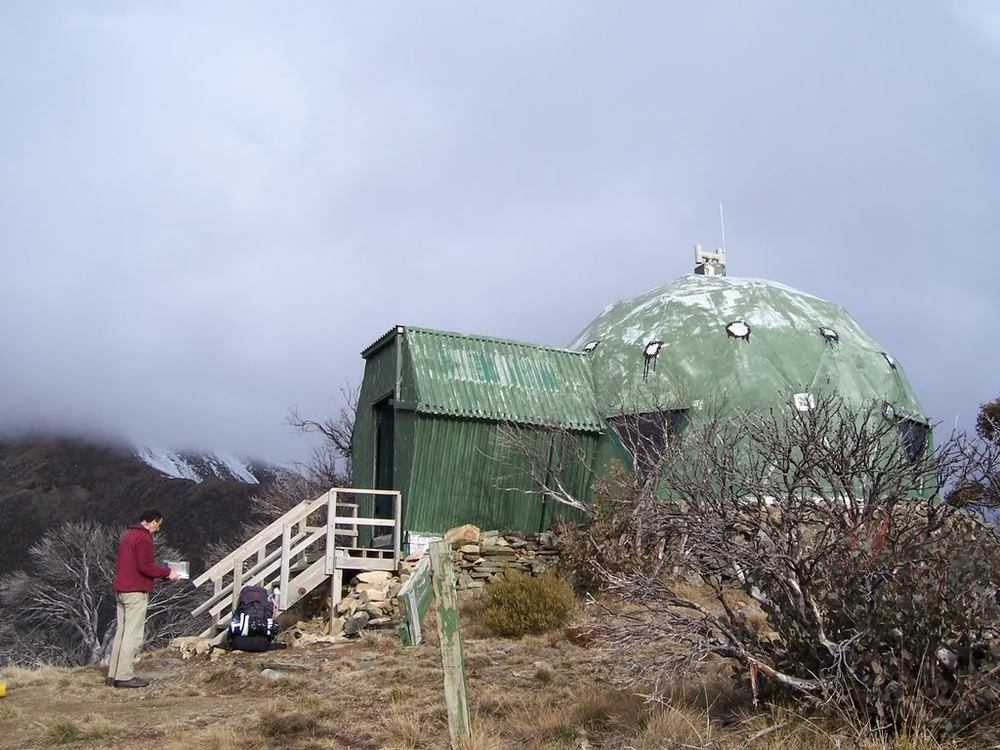 MUMC Hut on North West Spur. © David Sisson 2008.