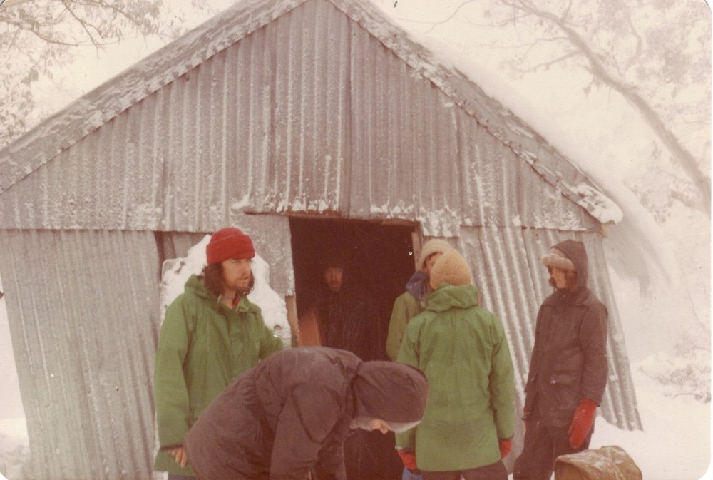 Feathertop Hut (1912 - 1980) in 1979, not long before it collapsed. Photo  ©  David Neale from   Gary Duncan's huts website  . Used with permission.