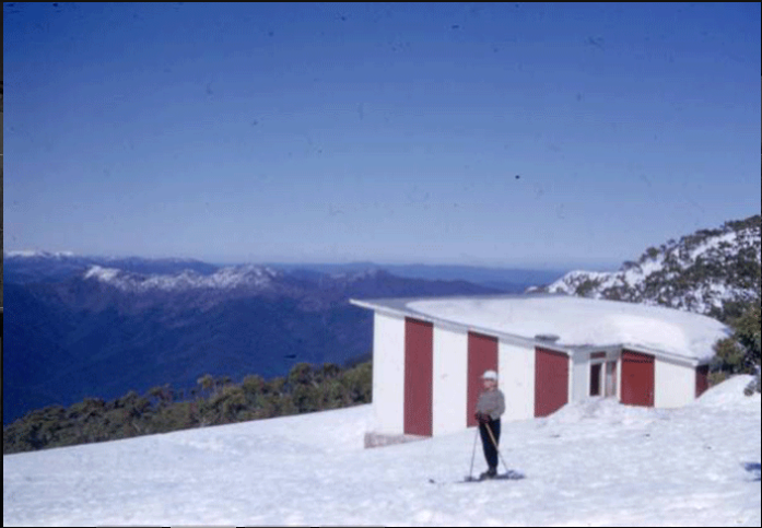 The original Moose Ski Club lodge at Buller was built in a post war austerity box style and brightened up with a flash paint job. Built 1949, burnt 11 Nov 1955,