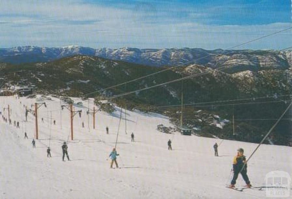 Triple Pomas operated by Orange Lifts at Buller in the 1970s, Summit Access is on the right. Source:  Victorian Places .