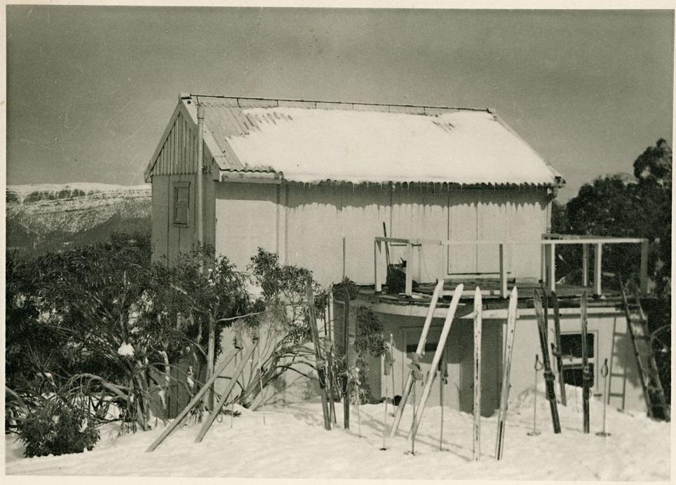 Brighton Mountain Wanderers (BMW) Lodge in the 1950s. Photo John Crook.