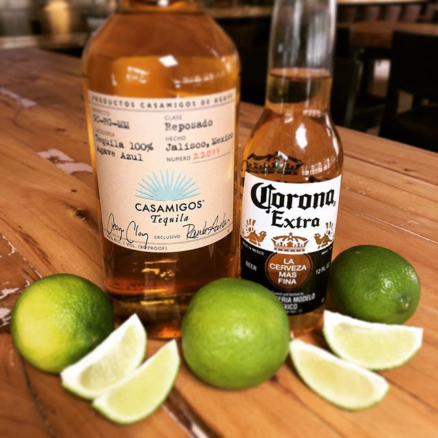 Happy Cinco de Mayo!! 🍻 @casamigos @corona
