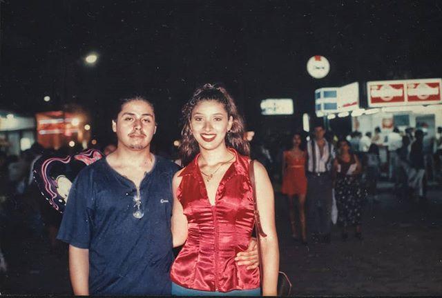 En la Fexpo'98 con mi amada Luisa, hace 20 años. #fexpocruz #fexpo #film #filmday #20yearsold #santacruzdelasierra