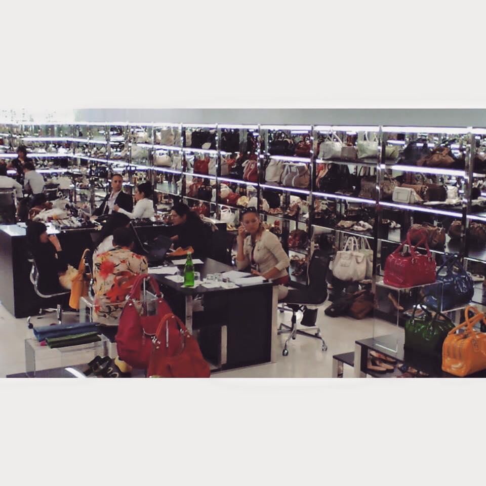 ドルチェ&ガッバーナ| D&G| ミラノでのショールーム | Hoodie Dress | フーディードレス | コモスクエア | 田市